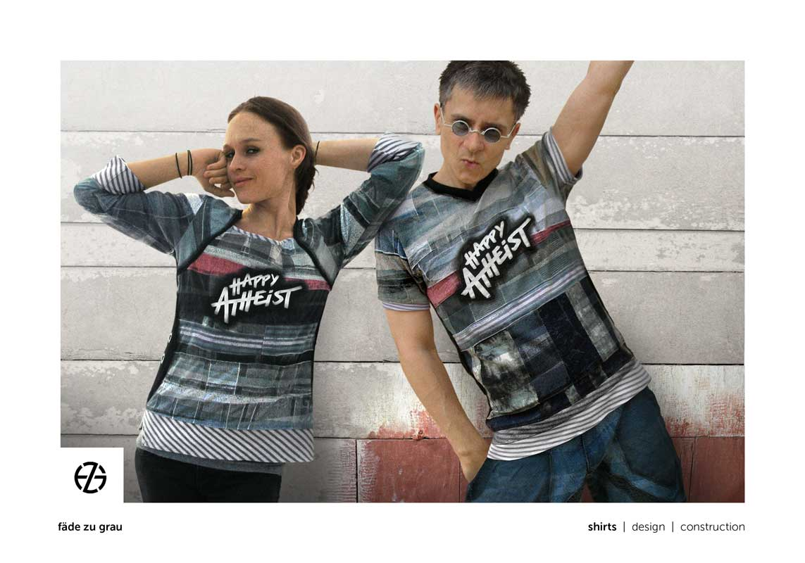 """female model and artist fade zu grau presenting t-shirt with the saying """"happy atheist"""""""